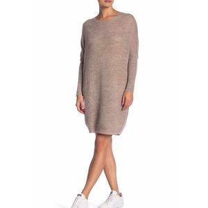 Dresses & Skirts - Sweater dress NWT size Med